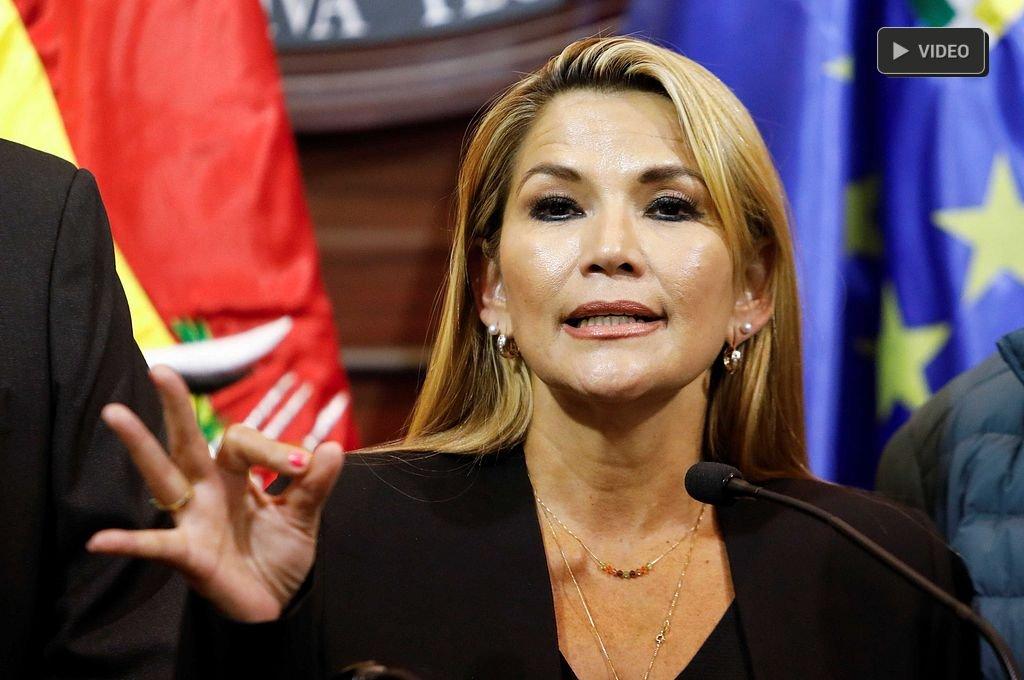 La senadora Jeanine Áñez asumió la presidencia de Bolivia - Jeanine Añez. -