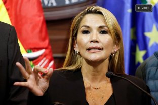 La senadora Jeanine Áñez asumió la presidencia de Bolivia
