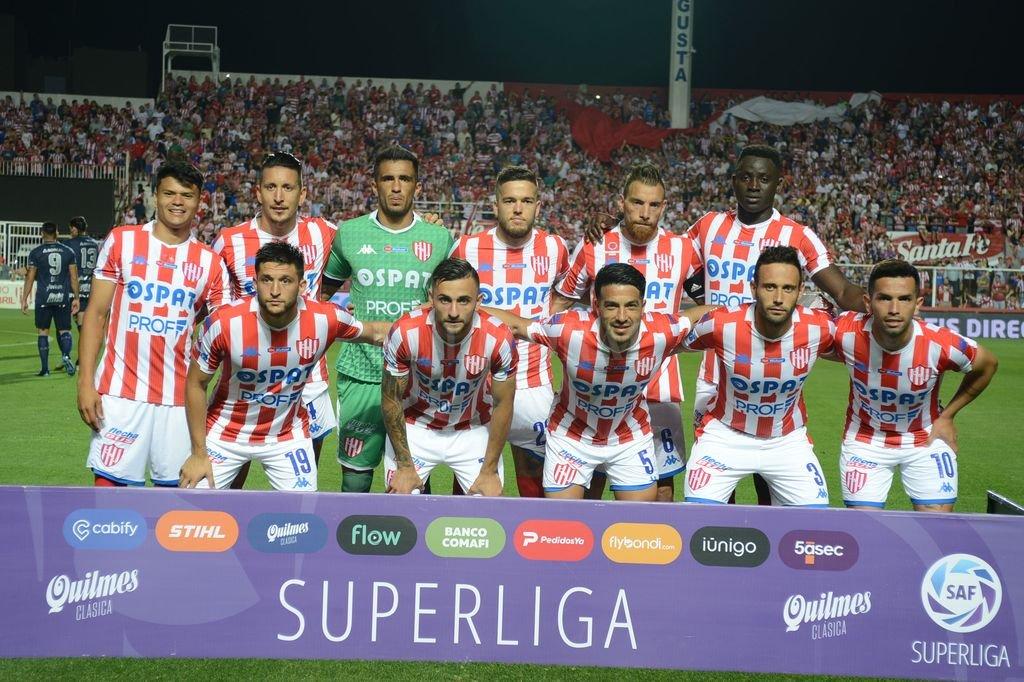 Los 11 que enfrentaron a Atlético Tucumán <strong>Foto:</strong> Luis Cetraro