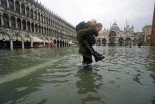 Dos muertos por las inundaciones en Venecia -  -