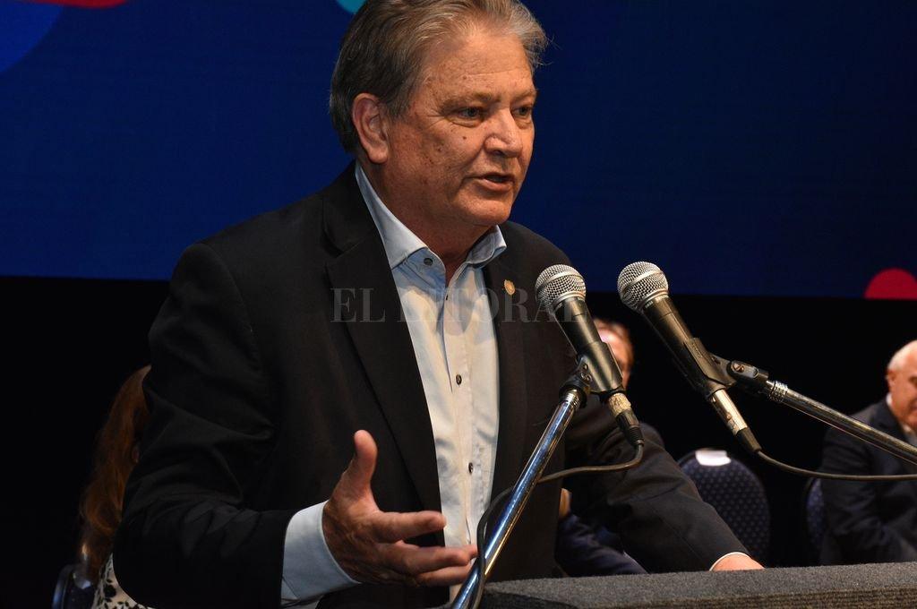 El vicegobernador Carlos Fascendini asumirá la conducción de la UCR provincial.  <strong>Foto:</strong> Archivo El Litoral