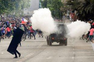 Chile: 46 civiles heridos y 849 detenidos por las protestas  -  -