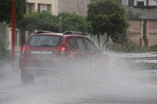Una tormenta de viento y lluvia causó daños en Santiago del Estero