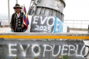 Evo avisó desde México que está dispuesto a volver a Bolivia si el pueblo se lo pide