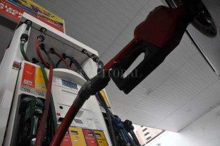 Así quedó la tabla de precios de las naftas en Santa Fe -