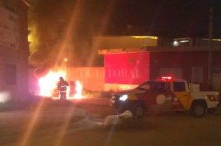 Se incendió de manera accidental un vehículo en el norte de la ciudad