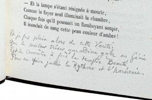 """Descubren una estrofa inédita de """"Las flores del mal"""" de Baudelaire y sale a subasta"""
