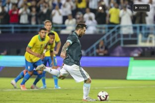 Con gol de Messi, Argentina derrotó a Brasil en Arabia Saudita -  -