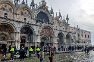 Venecia recobra de a poco la calma tras las inundaciones