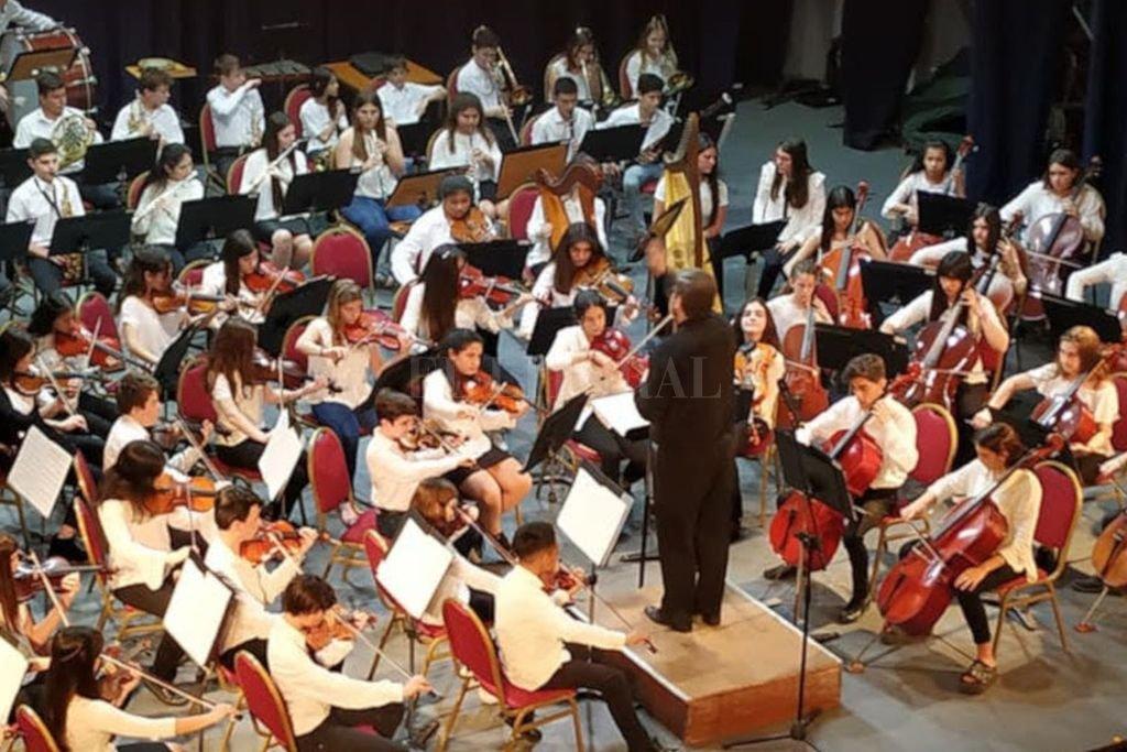 La Orquesta de Niños actuará el miércoles en el Centro Cultural Provincial, con obras de Puccini y Brahms. <strong>Foto:</strong> Gentileza MIC