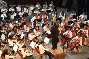 Conciertos de cierre de la Escuela de Música de Santa Fe - La Orquesta de Niños actuará el miércoles en el Centro Cultural Provincial, con obras de Puccini y Brahms. -