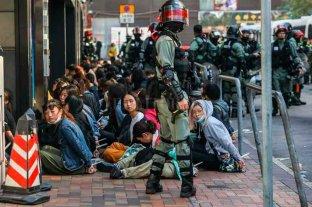 Hong Kong: detienen a 40 personas y la Justicia autoriza máscaras en las protestas
