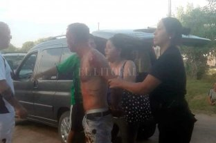 Laguna Paiva: disparó con un arma en un partido de fútbol - Un grupo de personas redujo al individuo hasta que llegó la policía y lo detuvo