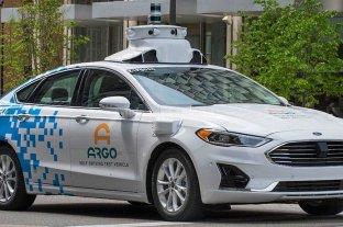 Advierten sobre los riesgos de hackeo que ofrecen los vehículos autónomos
