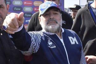 Maradona presentó su renuncia en Gimnasia LP