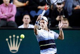 """Video: Schwartzman entró a jugar la Copa Davis con la canción """"Soy Sabalero"""" -  -"""