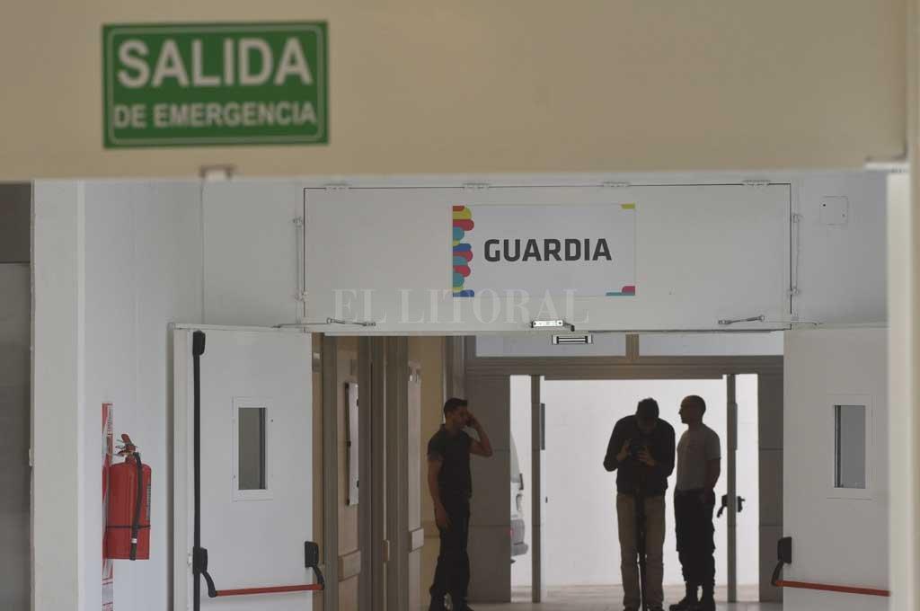 Tras ser rescatada por la policía, la beba fue llevada de urgencia al nuevo Hospital Iturraspe. Crédito: Mauricio Garín