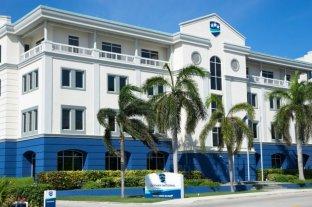 """""""HACKERS"""" atacaron al banco Cayman"""