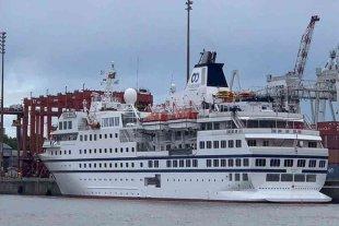 Un crucero de lujo quedó varado en Buenos Aires por una deuda millonaria