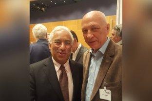 Bonfatti junto a líderes progresistas de todo el mundo - Antonio Bonfatti junto al primer ministro de Portugal, António Costa. -