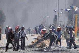 Al menos seis muertos por los enfrentamientos en una refinería en El Alto