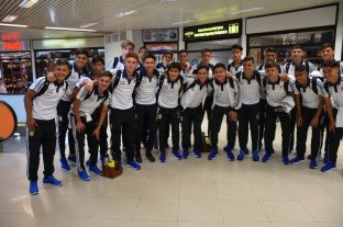 El seleccionado sub 15 llegó a Paraguay para disputar el Sudamericano