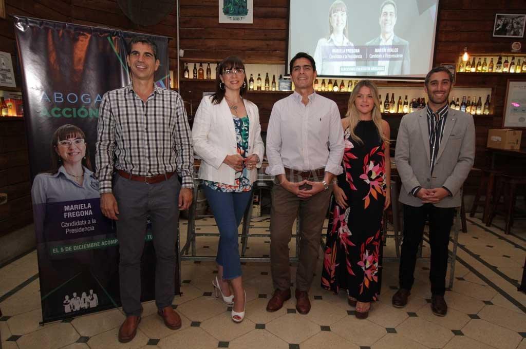 Este jueves se concretó la presentación pública de la lista en un local de barrio Candioti.  <strong>Foto:</strong> Pablo Aguirre