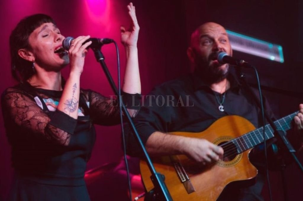 Marcella Cereaolo (uruguaya) y Tom Trovador (español) compartirán canciones con Ana Suñé (santafesina) y Diego Massimini (entrerriano radicado en Córdoba). <strong>Foto:</strong> Gentileza producción