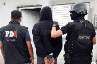 5 detenidos, dos de ellos policías, por entraderas en Santa Fe