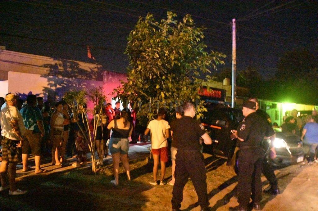 El hecho provocó una profunda conmoción en la barriada. <strong>Foto:</strong> Manuel Fabatía