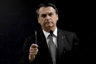 Bolsonaro impulsa un proyecto para que las fuerzas armadas puedan intervenir en el conflicto rural