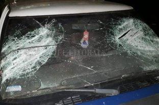Misiones: dispararon a policías, machetearon un patrullero y lo empujaron a un barranco