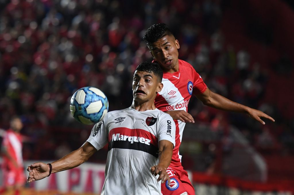 El Bicho ganó y quedó como líder del torneo, junto a Boca. Crédito: Télam