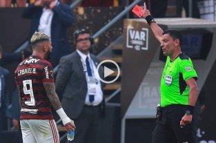 Conmebol difundió los audios del VAR de la final de la Copa Libertadores