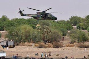 Mueren 13 militares franceses al chocar dos helicópteros en una operación contra yihadistas