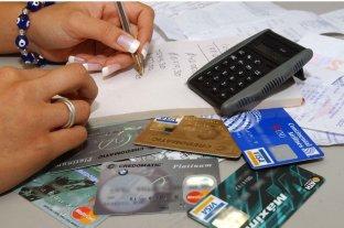 Más de la mitad de los adultos argentinos esta endeudado