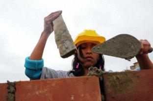 Estiman que el desempleo es mayor entre las mujeres