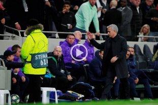 Video: Mourinho apuró a un alcanzapelotas y la jugada terminó en gol