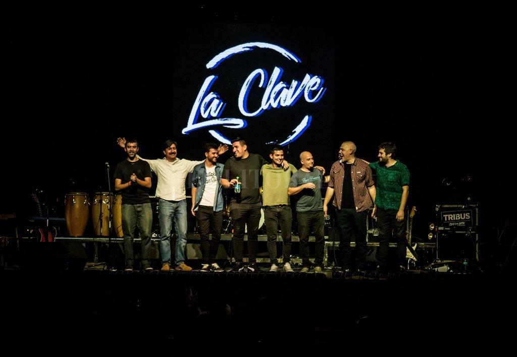 En enero de este año realizaron una gira por la República Oriental del Uruguay, que se iniciara con su presentación en el Festival de la Murga Curtidores de Hongos. <strong>Foto:</strong> Gentileza Duamn O. Yossen