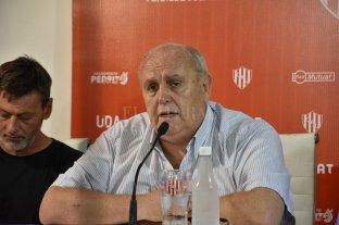 Spahn atacó a la oposición y a la prensa: dijo que no hará más aportes