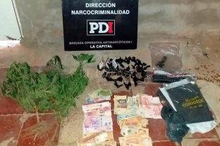 Dos detenidos por narcotráfico tras un allanamiento en barrio Los Hornos