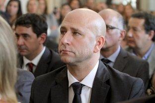 Piden suspender al jefe de los fiscales de Rosario por un escándalo en la compra de dos autos