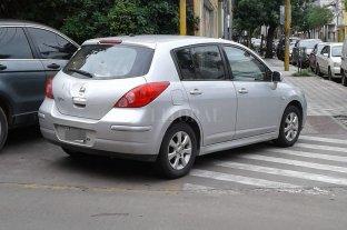 Si no hay lugar para estacionar, se lo inventa