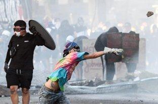 Nuevos ataques a comisarías, supermercados y el subte, y más detenidos en Chile
