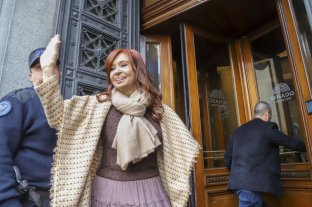 "Antes de declarar, Cristina Kirchner aseguró que hay un ""plan sistemático"" en su contra"
