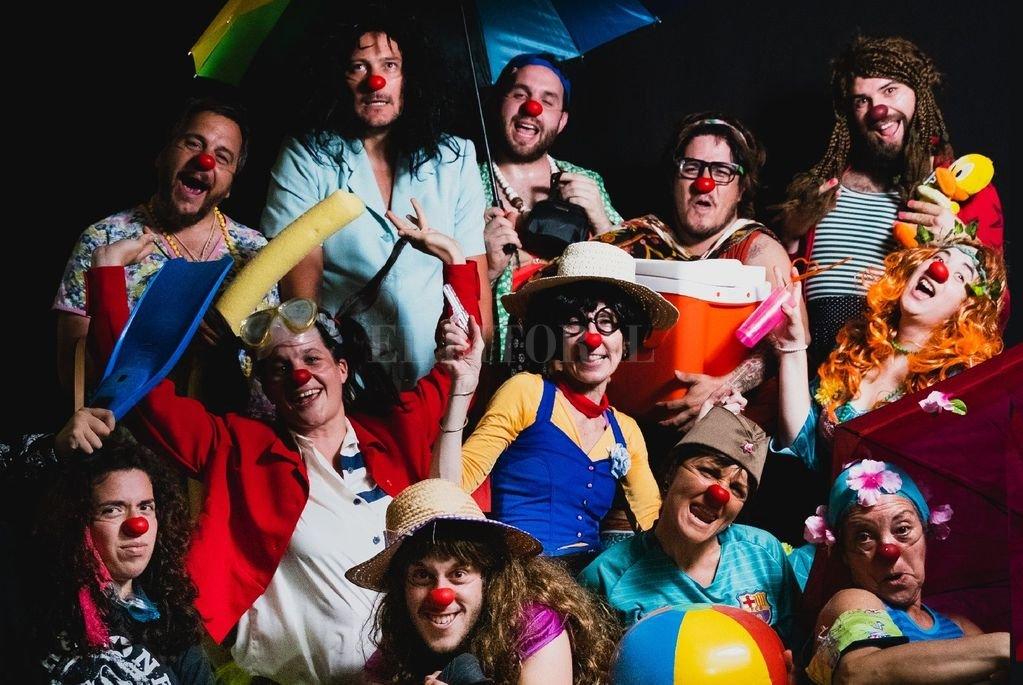 Estos clowns son payasos mágicos, pero llenos de problemas, con grandes proyectos y mundos de fantasía. Divertidos, pero sensibles y poéticos. Crédito: Gentileza Franco Airaldi