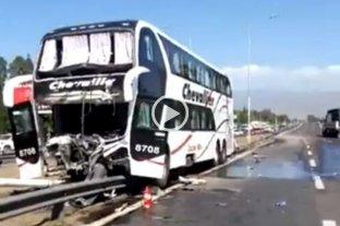 Chocó un colectivo en Mendoza y hay al menos 20 heridos