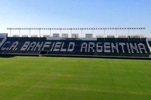 """Banfield firma un acuerdo con Abuelas de Plaza de Mayo y lleva """"Teatro x la Identidad"""" a su estadio"""
