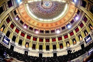 Los 130 diputados electos juran este miércoles