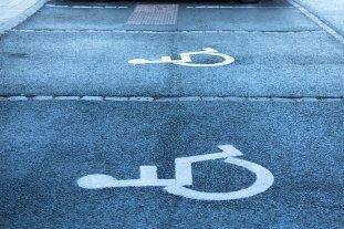 Francia analiza legalizar la asistencia sexual a personas discapacitadas